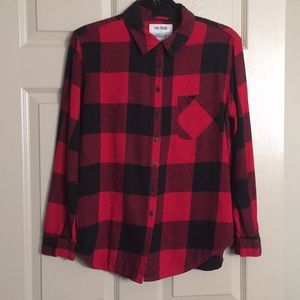 Garage Flannel Boyfriend Shirt. Medium